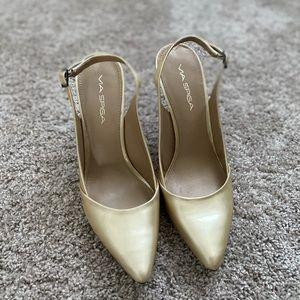 Via Spiga Closed Toe Heels